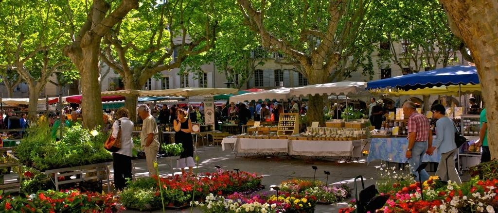 market-day-uzes-france